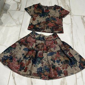 Minnet G Gold Colorful Crop Top And Skirt Size 5